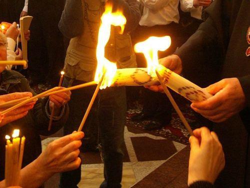 Благодатный Огонь в этом году впервые был доставлен на Ставрополье